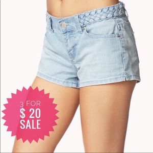 Forever 21 denim shorts Sz 25